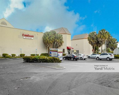 Storage Units for Rent available at 8321 Pines Blvd, Pembroke Pines, FL 33024 Photo Gallery 1