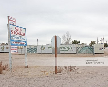 Storage Units for Rent available at 4651 West Inyokern Road, Ridgecrest, CA 93555 Photo Gallery 1