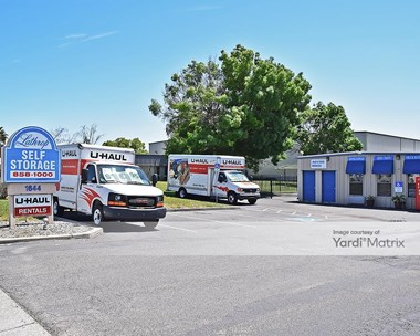 Storage Units for Rent available at 1644 East Louise Avenue, Lathrop, CA 95330 Photo Gallery 1