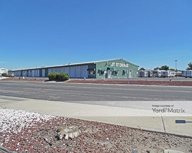 Storage Units for Rent available at 2460 Toste Road, Tracy, CA 95376 Photo Gallery 1