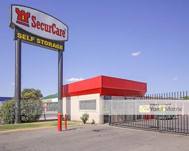 Storage Units for Rent available at 4050 Chester Avenue, Bakersfield, CA 93301 Photo Gallery 1