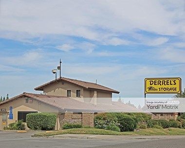 Storage Units for Rent available at 3514 West Dakota Avenue, Fresno, CA 93722 Photo Gallery 1