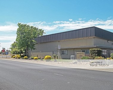 Storage Units for Rent available at 19666 North Highway 99, Acampo, CA 95220 Photo Gallery 1