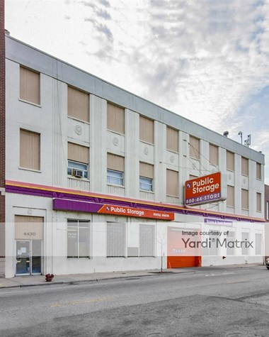 Storage Units for Rent available at 4430 North Clark Street, Chicago, IL 60640 Photo Gallery 1