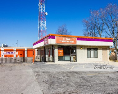 Storage Units for Rent available at 8550 West 83Rd Street, Justice, IL 60458 Photo Gallery 1