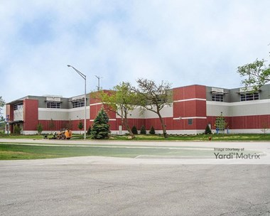 Storage Units for Rent available at 990 Skokie Blvd, Northbrook, IL 60062 Photo Gallery 1