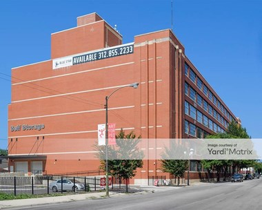 Storage Units for Rent available at 1038 West 35th Street, Chicago, IL 60609 Photo Gallery 1
