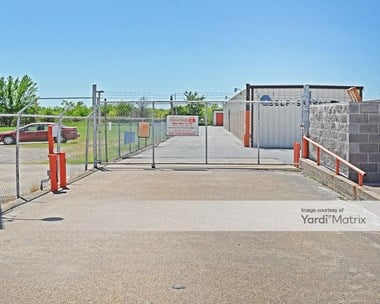 Storage Units for Rent available at 8604 Wesley Street, Greenville, TX 75402 Photo Gallery 1