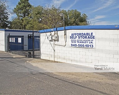 Storage Units for Rent available at 1239 Teasley Lane, Denton, TX 76205 Photo Gallery 1