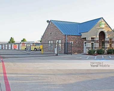 Storage Units for Rent available at 1751 East Beltline Road, Coppell, TX 75019 Photo Gallery 1
