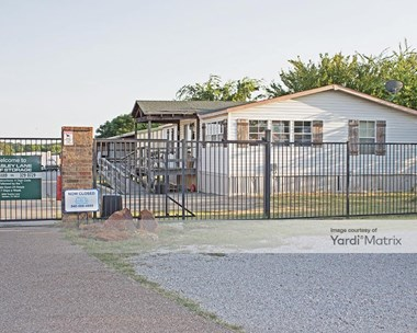 Storage Units for Rent available at 8388 Teasley Lane, Denton, TX 76210 Photo Gallery 1
