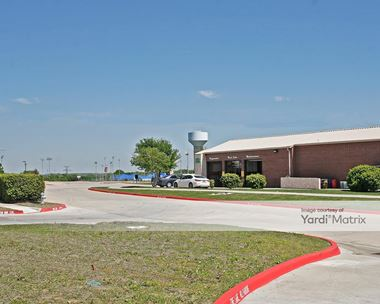 Storage Units for Rent available at 2400 Victory Drive, Flower Mound, TX 75028 Photo Gallery 1