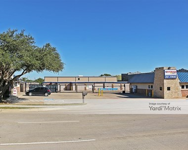 Storage Units for Rent available at 3701 Farm To Market Road 2181, Corinth, TX 76210 Photo Gallery 1
