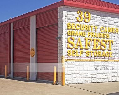Storage Units for Rent available at 1102 West Pioneer Pkwy, Grand Prairie, TX 75051 Photo Gallery 1