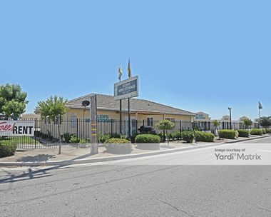 Storage Units for Rent available at 7701 West Goshen Avenue, Visalia, CA 93291 Photo Gallery 1