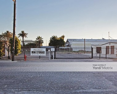 Storage Units for Rent available at 1409 M Street, Newman, CA 95360 Photo Gallery 1