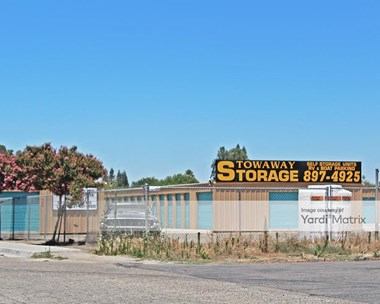 Storage Units for Rent available at 1415 Mehlert Street, Kingsburg, CA 93631 Photo Gallery 1