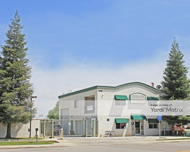 Storage Units for Rent available at 4200 Patton Way, Bakersfield, CA 93308 Photo Gallery 1