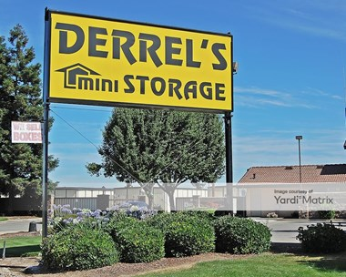 Storage Units for Rent available at 2425 North Santa Fe Avenue, Merced, CA 95348 Photo Gallery 1