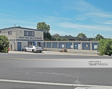 Storage Units for Rent available at 10910 North Highway 99, Lodi, CA 95240 Photo Gallery 1