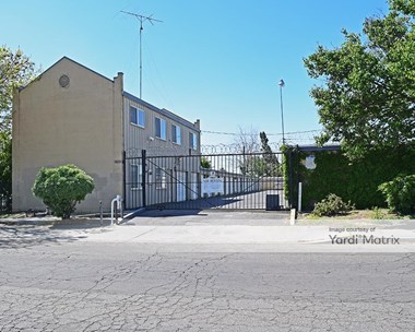 Storage Units for Rent available at 1601 Jim Way, Modesto, CA 95358 Photo Gallery 1