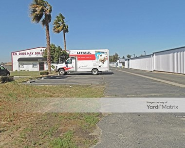 Storage Units for Rent available at 6089 North Winton Way, Winton, CA 95388 Photo Gallery 1