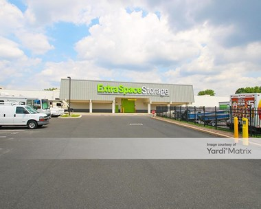 Storage Units for Rent available at 919 Lincoln Hwy, Morrisville, PA 19067 Photo Gallery 1