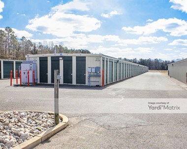 Storage Units for Rent available at 1369 West Garden Road, Vineland, NJ 08360 Photo Gallery 1