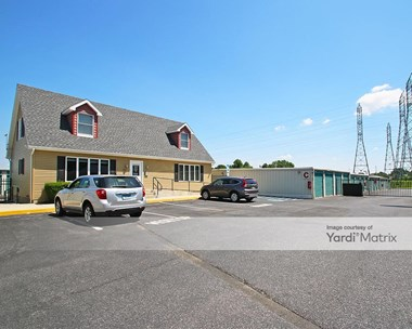 Storage Units for Rent available at 902 Sunset Road, Burlington, NJ 08016 Photo Gallery 1