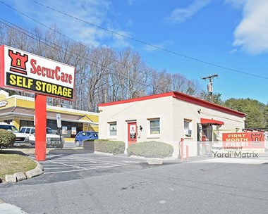 Storage Units for Rent available at 2115 Silas Creek Pkwy, Winston-Salem, NC 27103 Photo Gallery 1