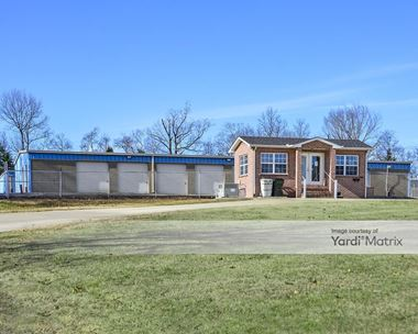 Storage Units for Rent available at 174 Airport Road, Gallatin, TN 37066 Photo Gallery 1