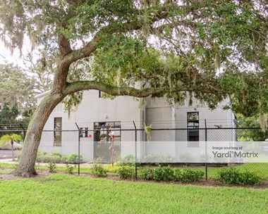 Storage Units for Rent available at 1746 10Th Way, Sarasota, FL 34236 Photo Gallery 1