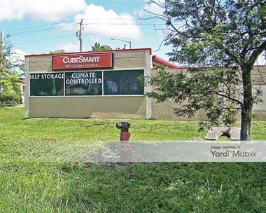 Storage Units for Rent available at 3333 Cleveland Avenue, Fort Myers, FL 33901 Photo Gallery 1