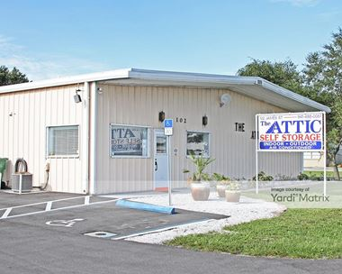 Storage Units for Rent available at 102 James Street, Venice, FL 34285 Photo Gallery 1