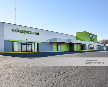 Storage Units for Rent available at 5845 Charlotte Pike, Nashville, TN 37209 Photo Gallery 1