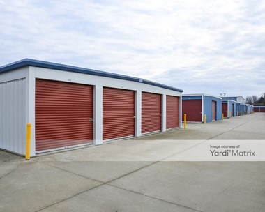 Storage Units for Rent available at 2008 Hwy 12S, Ashland City, TN 37015 Photo Gallery 1