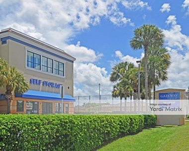 Storage Units for Rent available at 995 Golden Gate Pkwy, Naples, FL 34102 Photo Gallery 1