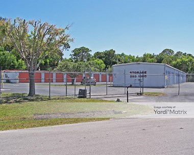 Storage Units for Rent available at 5111 Doug Taylor Circle, Saint James City, FL 33956 Photo Gallery 1