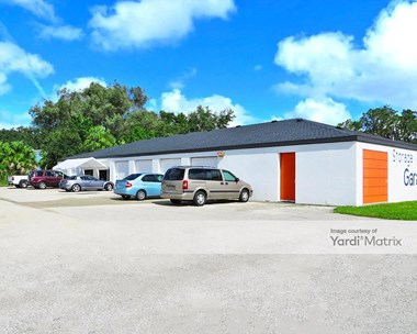 Storage Units for Rent available at 1326 37th Avenue East, Bradenton, FL 34208 Photo Gallery 1