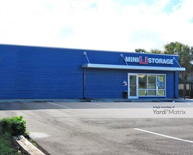 Storage Units for Rent available at 5717 14th Street West, Bradenton, FL 34207 Photo Gallery 1