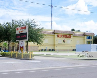 Storage Units for Rent available at 5109 Fruitville Road, Sarasota, FL 34232 Photo Gallery 1