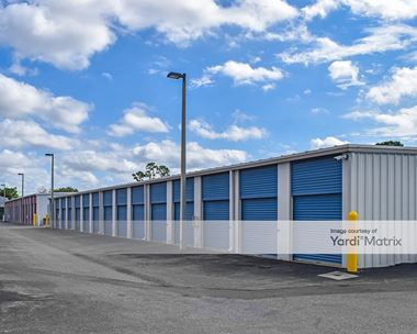 Storage Units for Rent available at 14150 North Cleveland Avenue, North Fort Myers, FL 33903 Photo Gallery 1