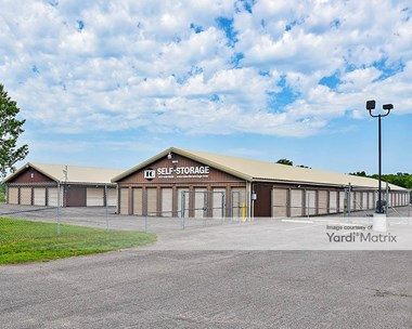 Storage Units for Rent available at 1900 Stoughton Avenue, Chaska, MN 55318 Photo Gallery 1