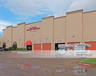 Storage Units for Rent available at 1821 South Bicentennial, Mcallen, TX 78503 Photo Gallery 1