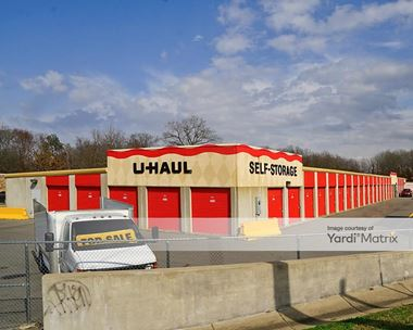 Storage Units for Rent available at 8621 Warden Road, Sherwood, AR 72120 Photo Gallery 1