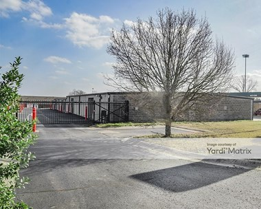 Storage Units for Rent available at 5210 AR-5 North, Bryant, AR 72022 Photo Gallery 1