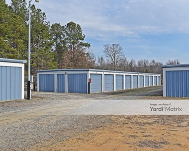 Storage Units for Rent available at 1127 East Main Street, Benson, NC 27504 Photo Gallery 1