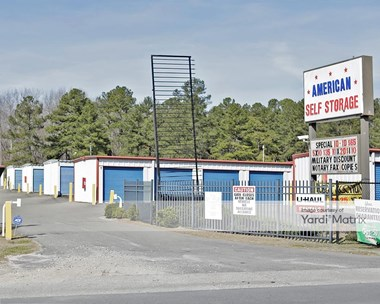 Storage Units for Rent available at 14396 Lillington Hwy, Spring Lake, NC 28390 Photo Gallery 1