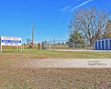 Storage Units for Rent available at 2843 NC 39 Hwy, Louisburg, NC 27549 Photo Gallery 1