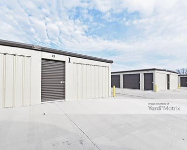 Storage Units for Rent available at 316 South Market Street, Benson, NC 27504 Photo Gallery 1